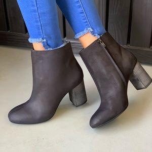 Black Nubuck Mid Heel Boot